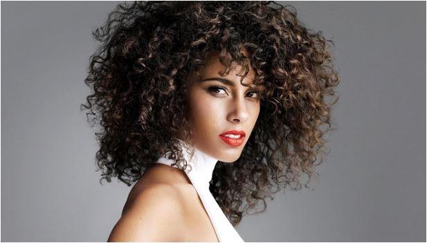cabelos desnutridos